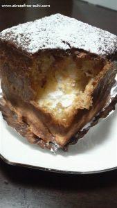 シュークリームケーキ チョコ1