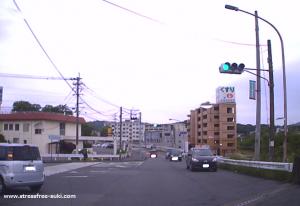 トライアル敷戸店までの道5