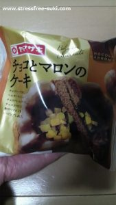 ヤマザキ チョコとマロンのケーキ1